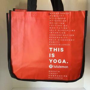 (Set of Five) lululemon Yoga Shopping Bag Totes